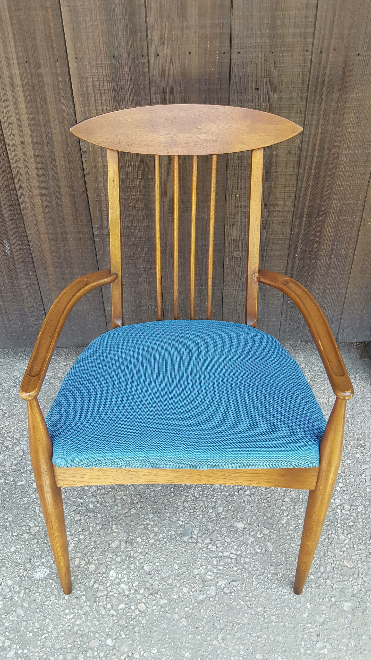 Set Of Six 6 Broyhill Sculptra Dining Chairs 5 Armless And 1 Captain Chair W New Turquoise Herring Bone Upholstered Seats